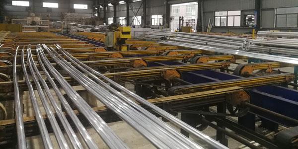 铝合金型材厂-车间