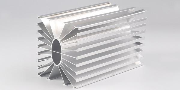 白云散热器铝型材