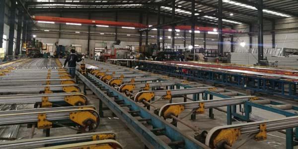 深圳铝型材生产厂家,用户造访信从义纪实