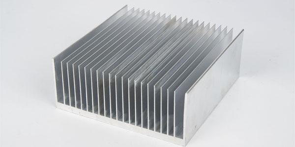 定制铝型材散热器-打样出货有报告-东莞信从义
